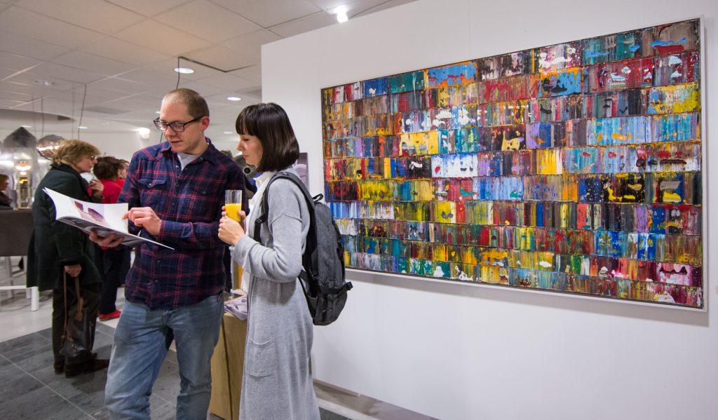 Galerie en kunstuitleen bezoeken