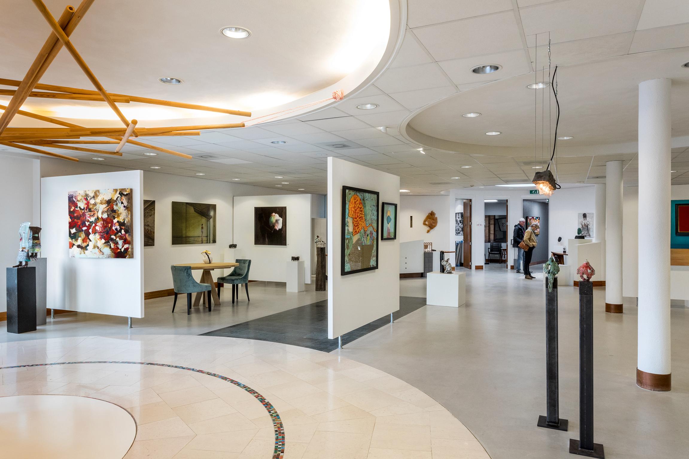 verhuur en verkoop kunstgalerie