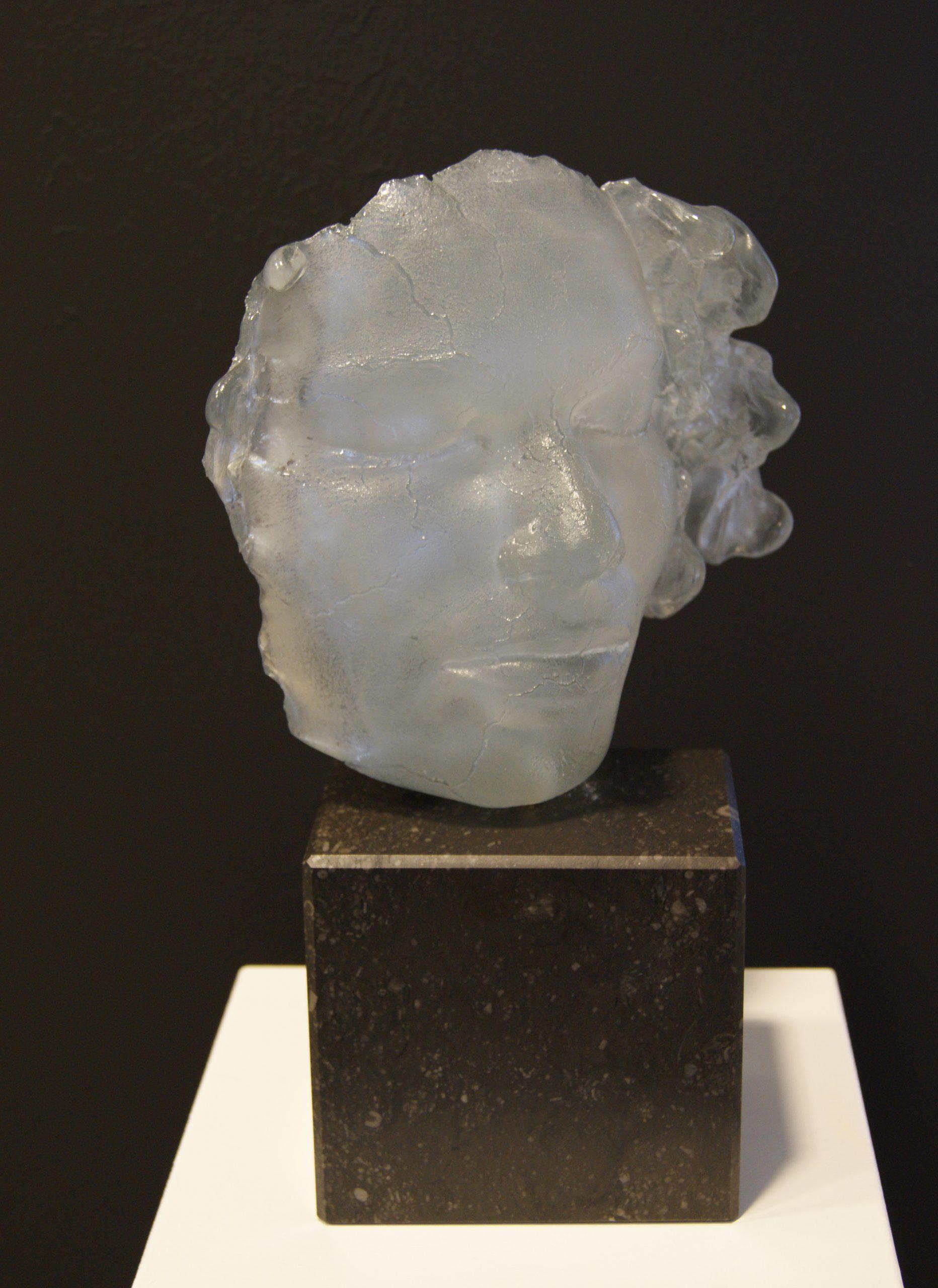 Kunst: Beslagen spiegel van kunstenaar Mari Meszaros