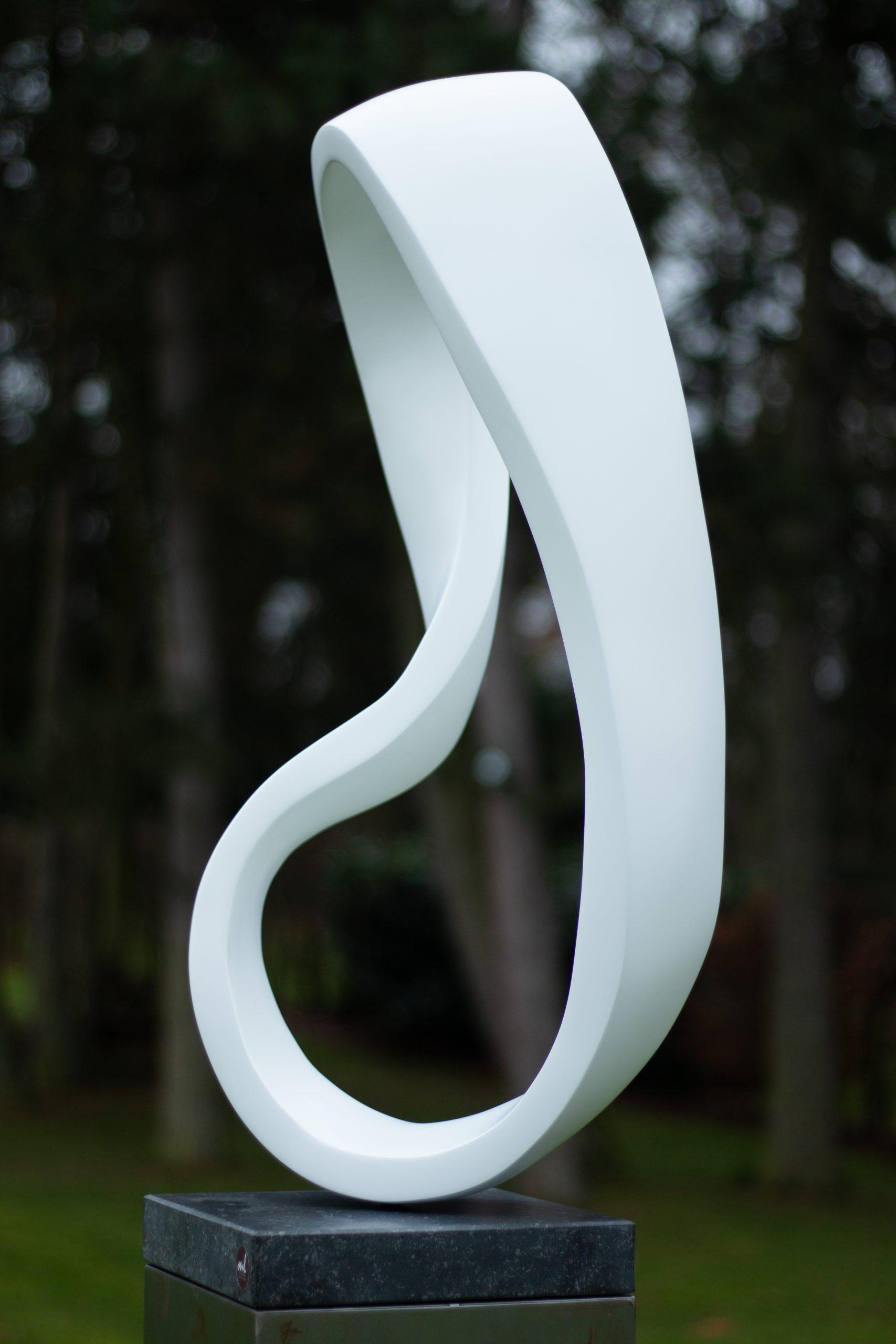 Kunst: Endless emotions in white II van kunstenaar Monique Lipsch