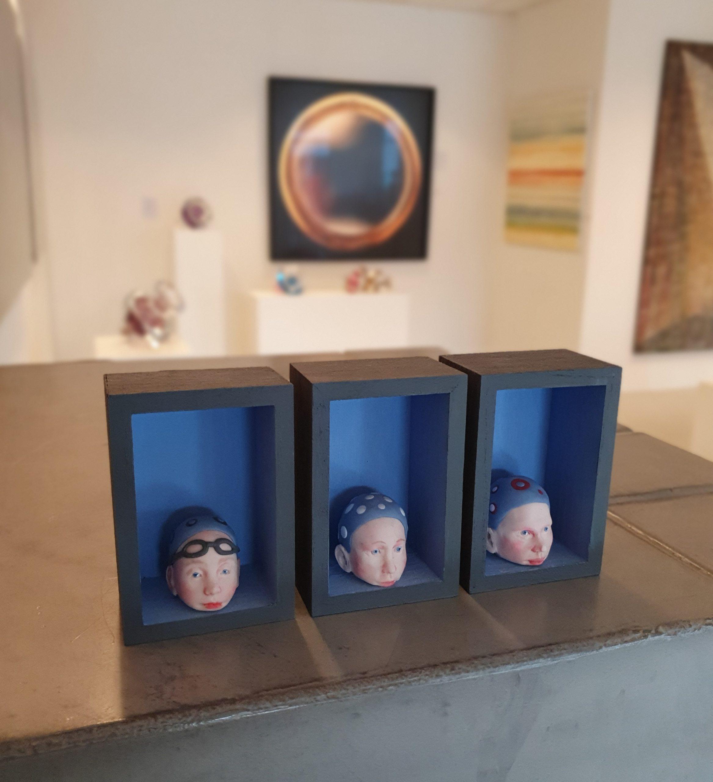 Kunst: Hoofd boven water houden van kunstenaar Saskia Hoeboer