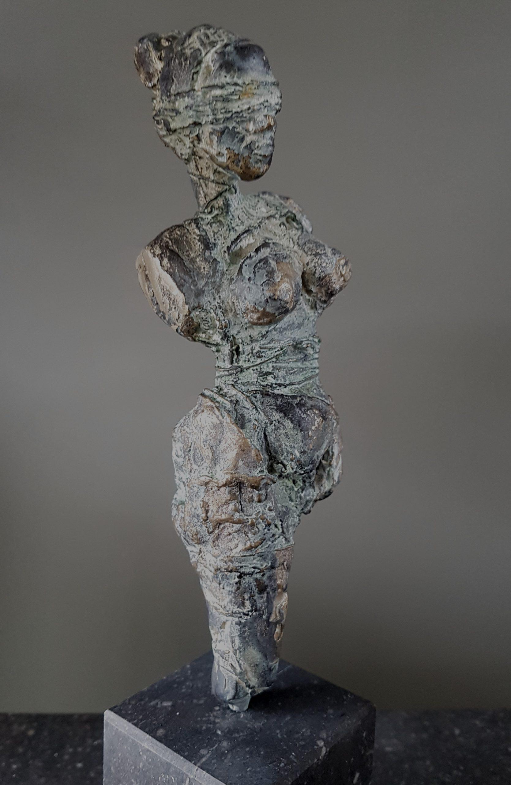 Kunst: De ontembare vrouw 4 van kunstenaar Angelique Cremers