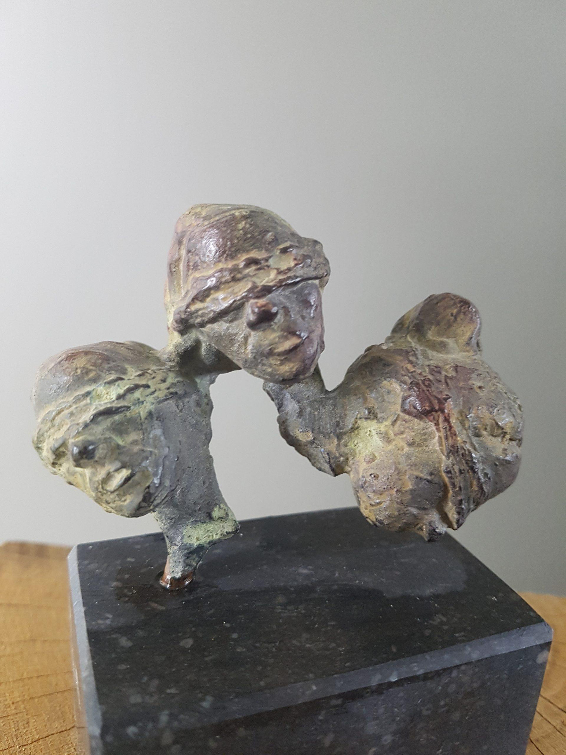 Kunst: Three sisters van kunstenaar Angelique Cremers