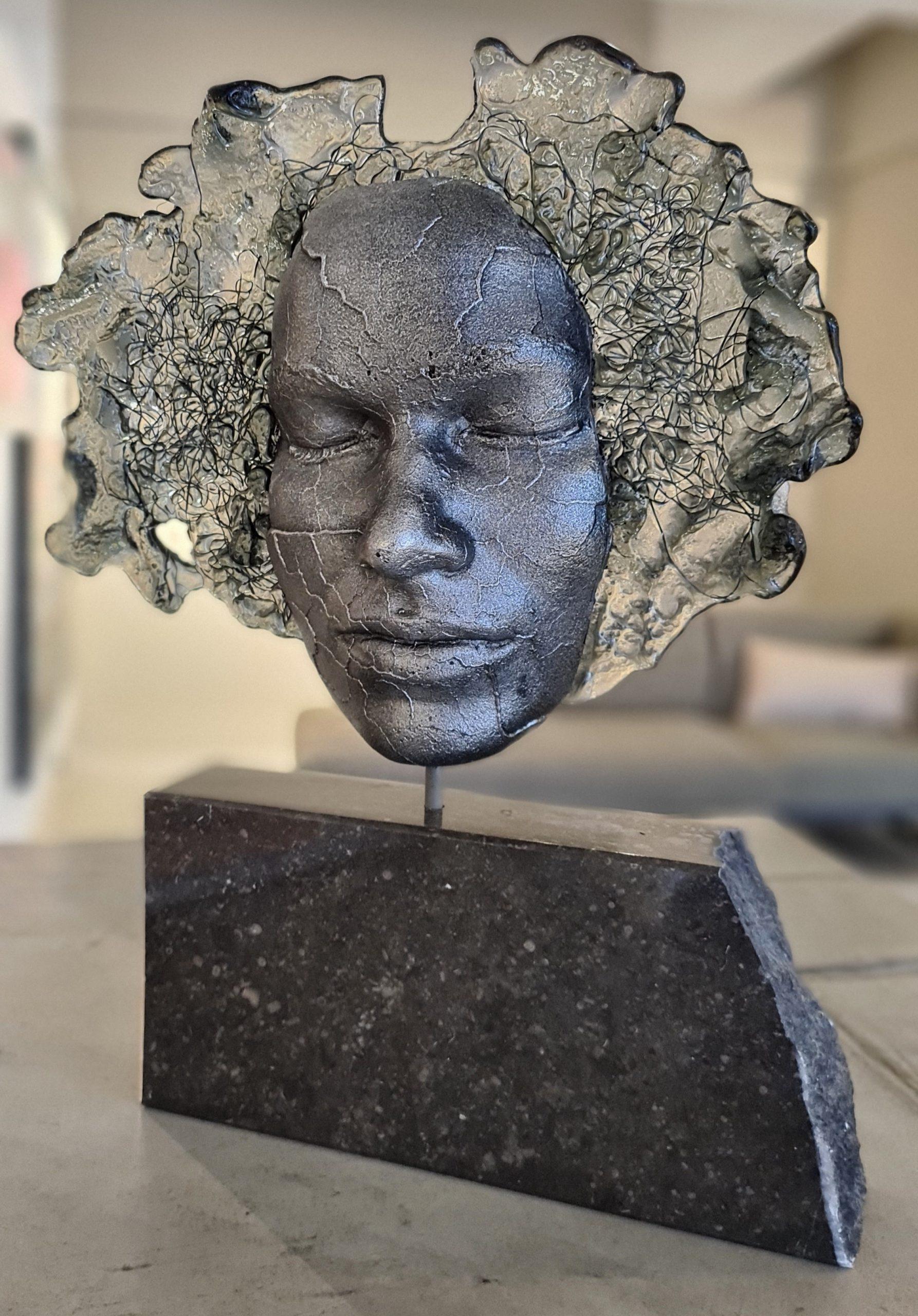 Kunst: Tranformation van kunstenaar Mari Meszaros