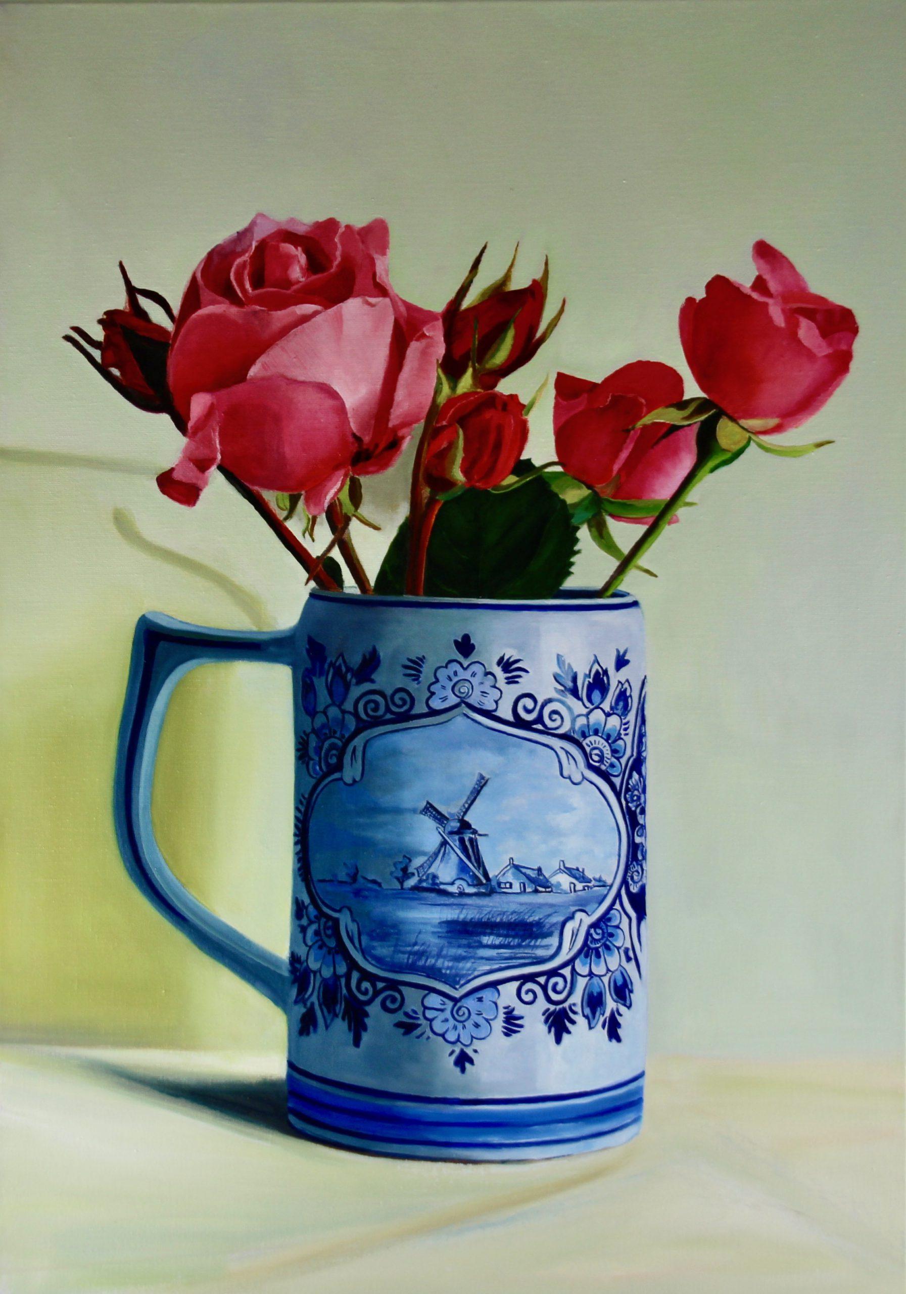 Kunst: Aalsmeer – Beer mug with Roses van kunstenaar Minke Buikema
