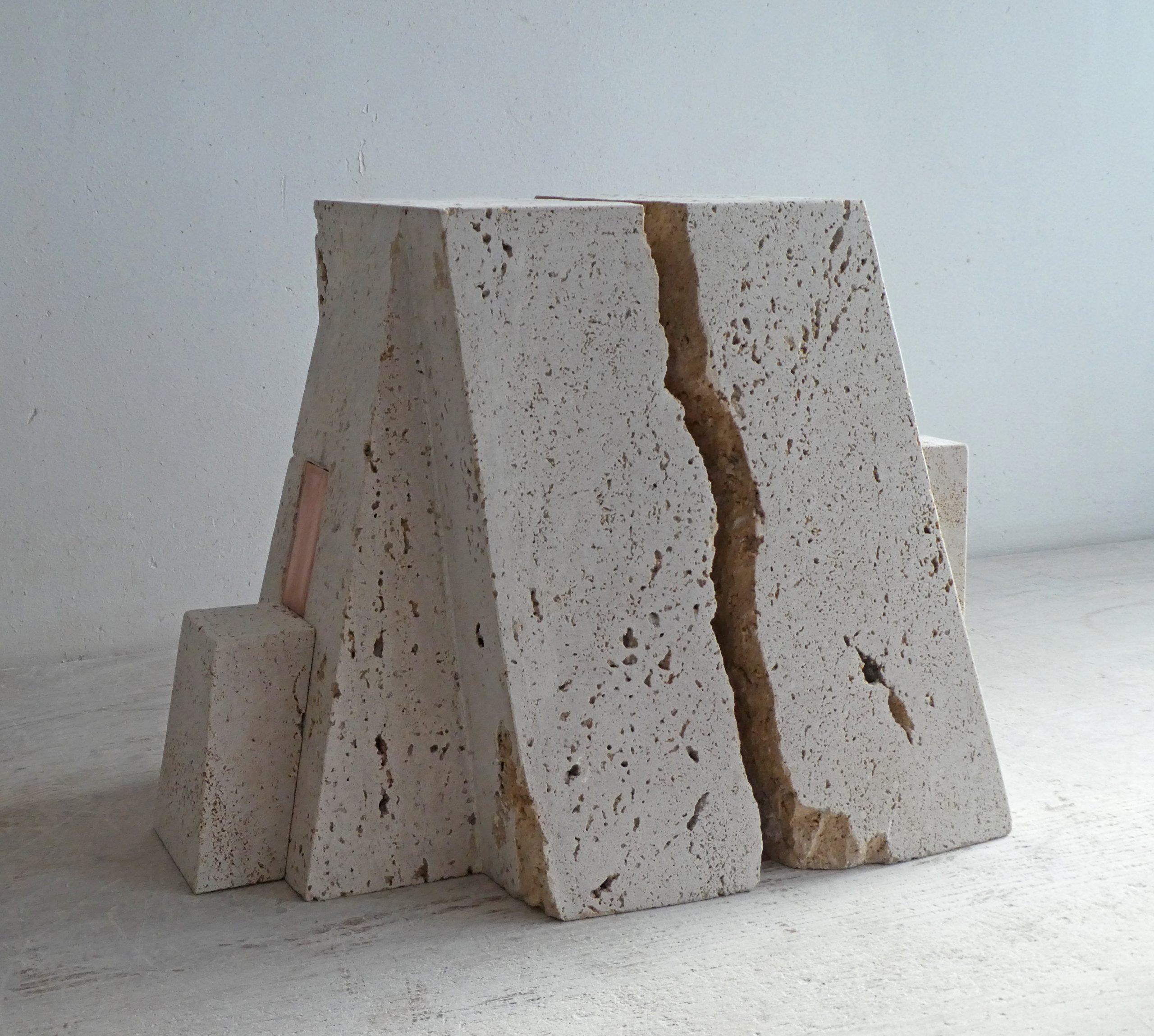 Kunst: Monumentum Novum van kunstenaar Fieke de Roij