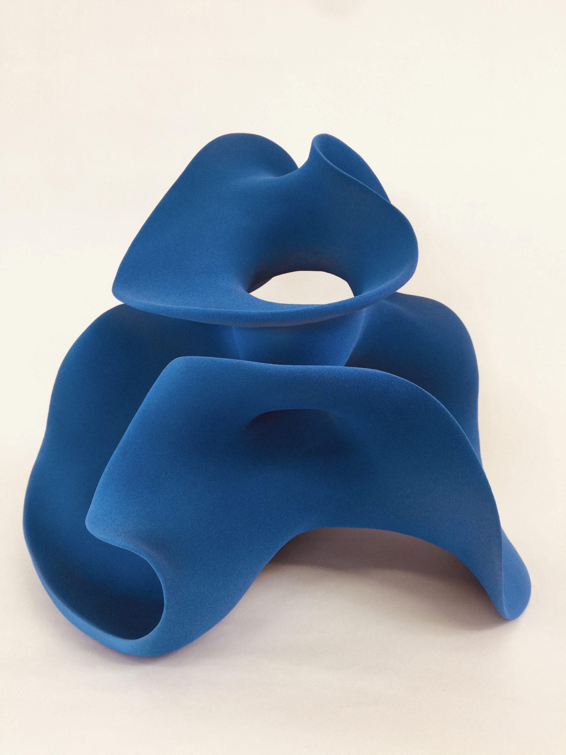 Kunst: Soft Blue van kunstenaar Liliane Demeester