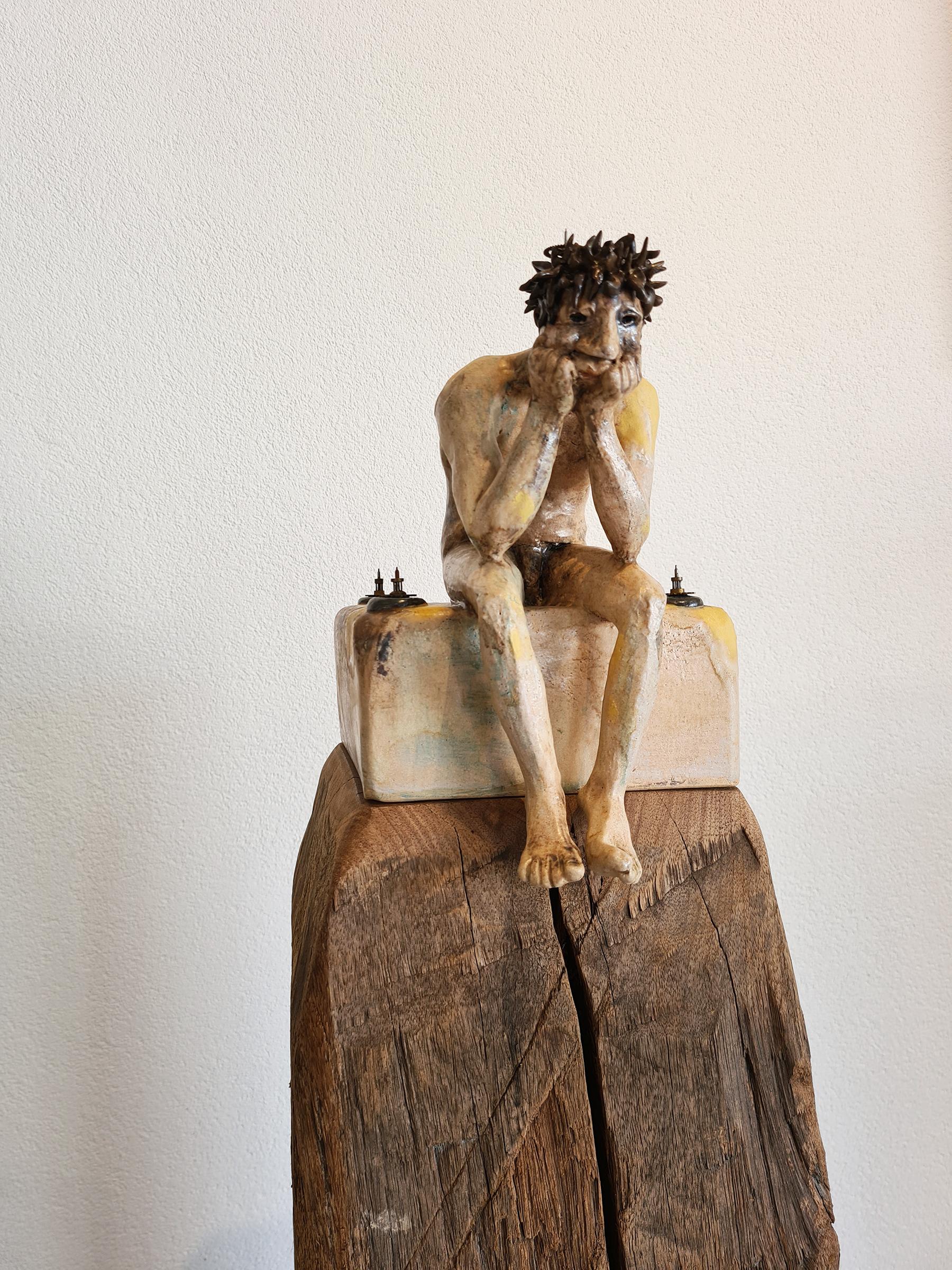 Kunst: OPWINDING no.2  Laad jezelf op als de raderen vast dreigen te lopen. van kunstenaar Marja Verkerk-Smit