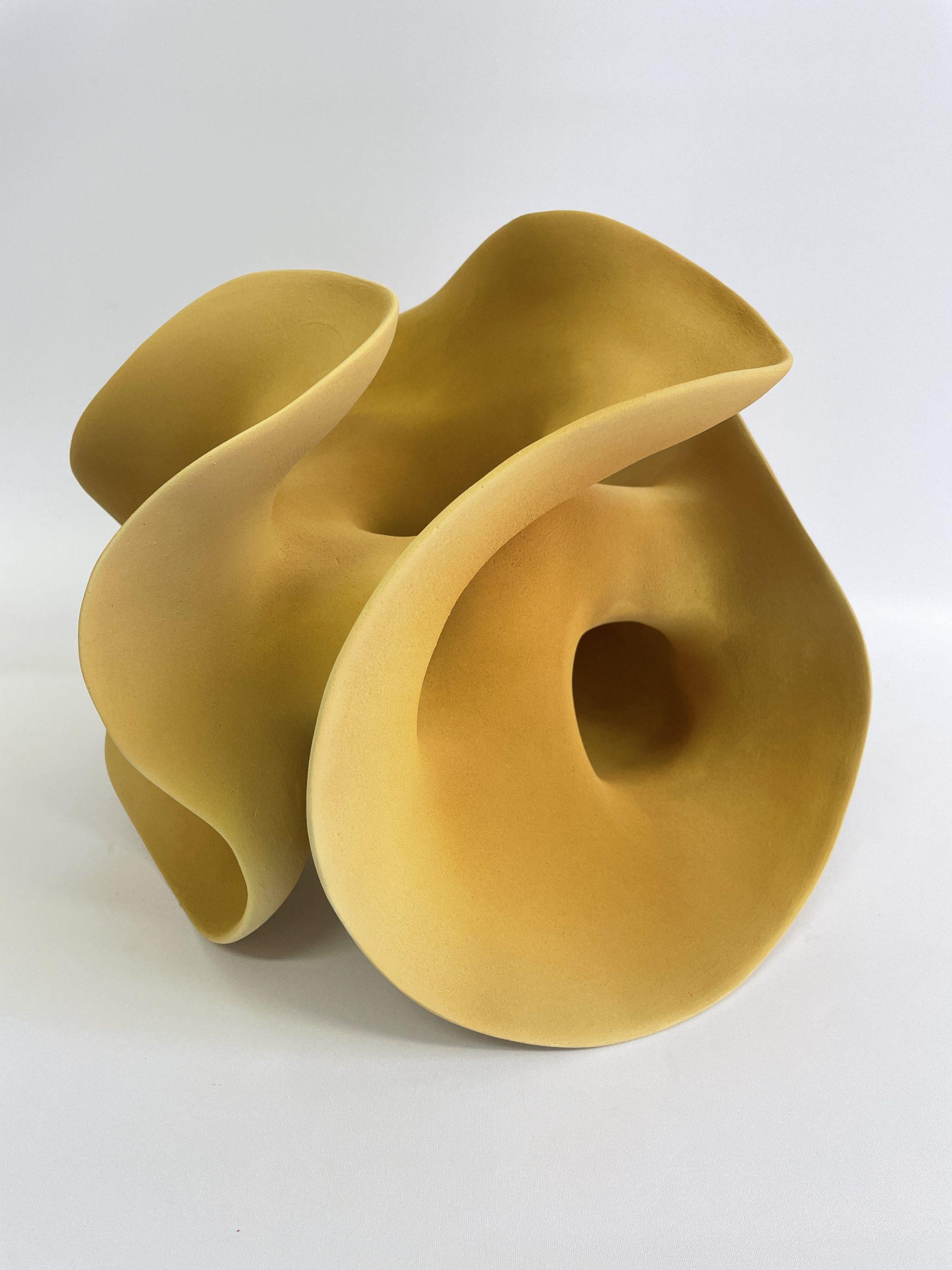 Kunst: Soft Ocher van kunstenaar Liliane Demeester