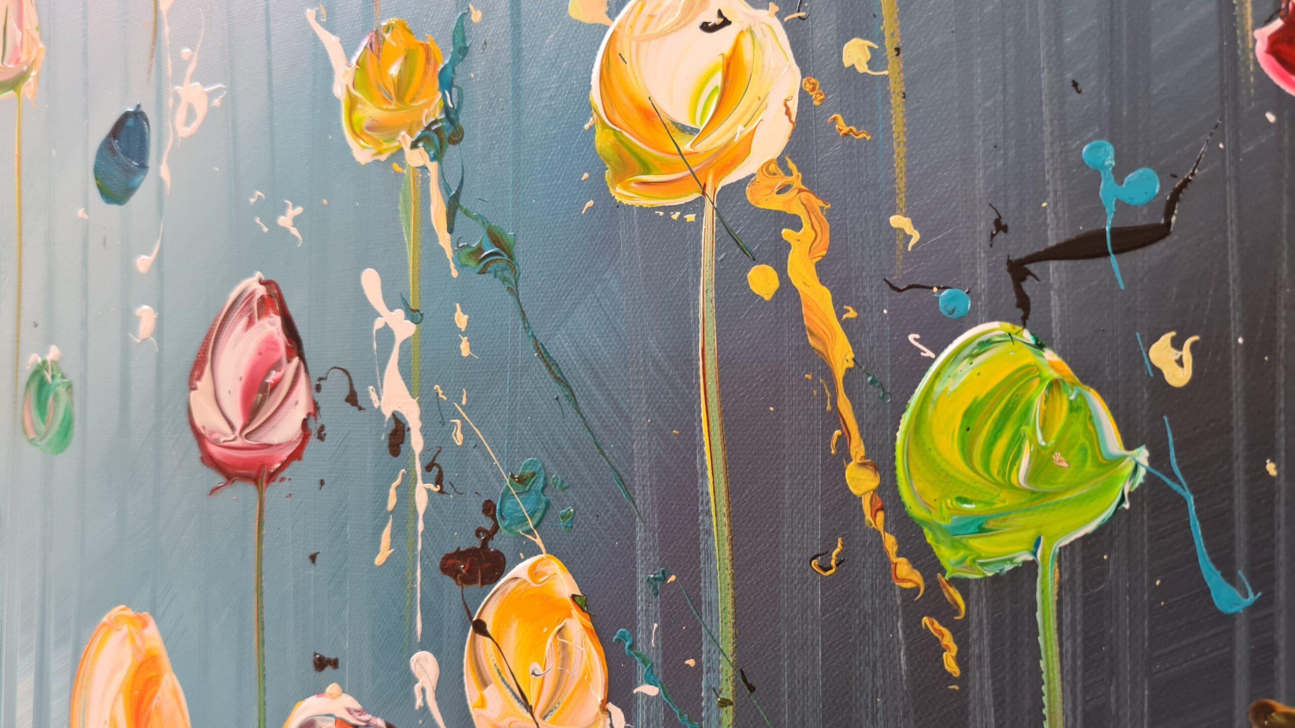 Kunst: Flowers in blue landscape van kunstenaar Gena n Gena
