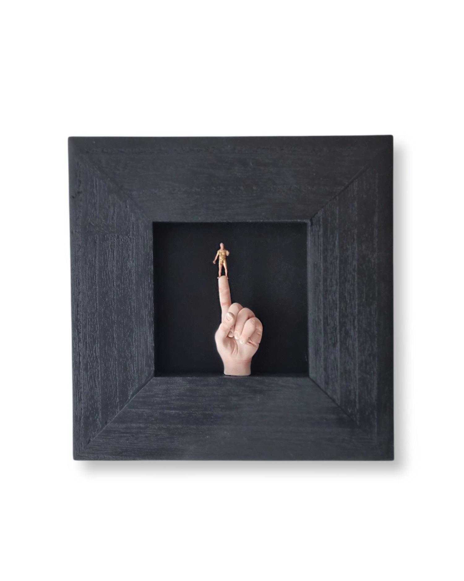 Kunst: Een gouden pik van kunstenaar Saskia Hoeboer