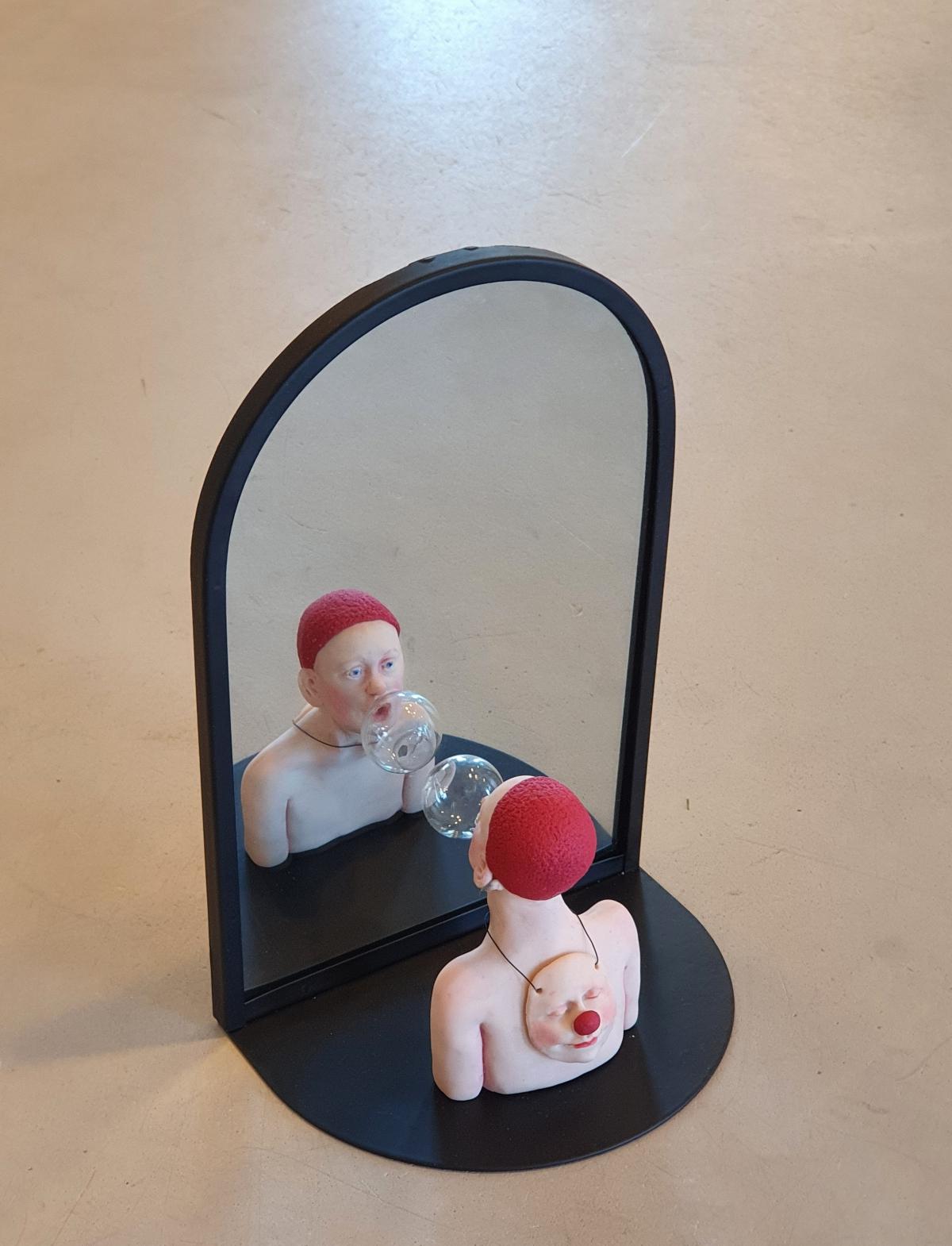 Kunst: 2 Gezichten van kunstenaar Saskia Hoeboer