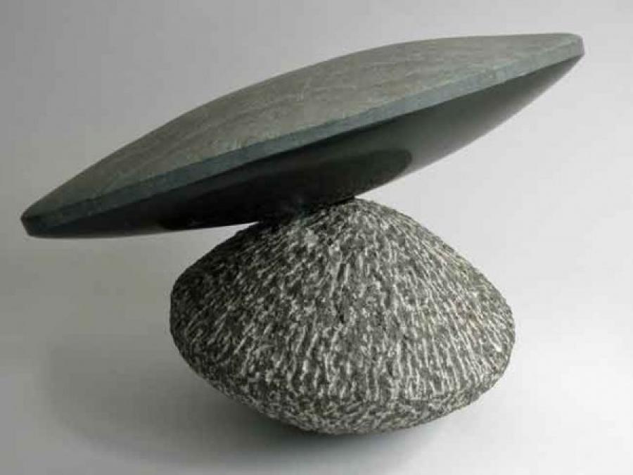 Kunst: Balans van kunstenaar Fieke de Roij