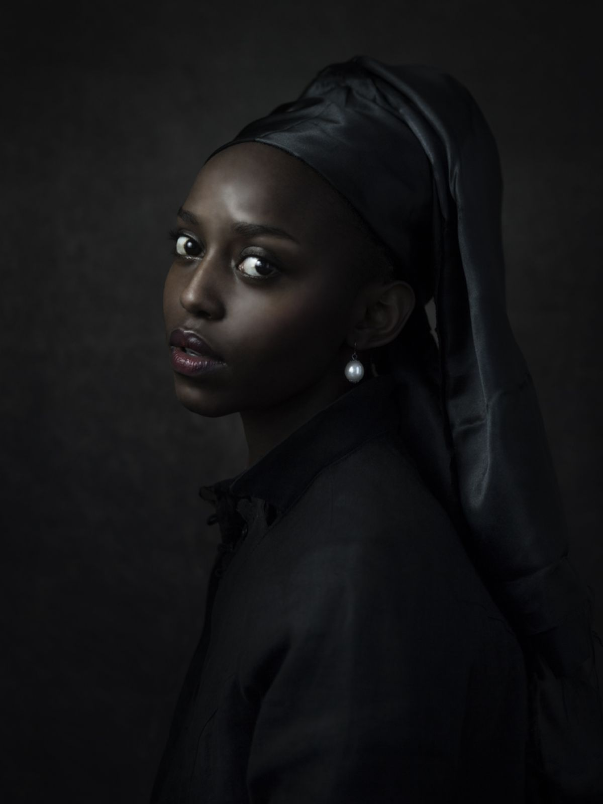 Kunst: Black girl with pearl van kunstenaar Jenny Boot
