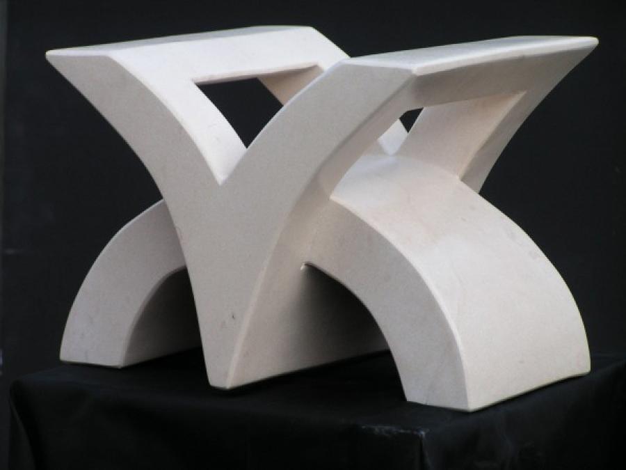 Kunst: C between V van kunstenaar Bert Verboon