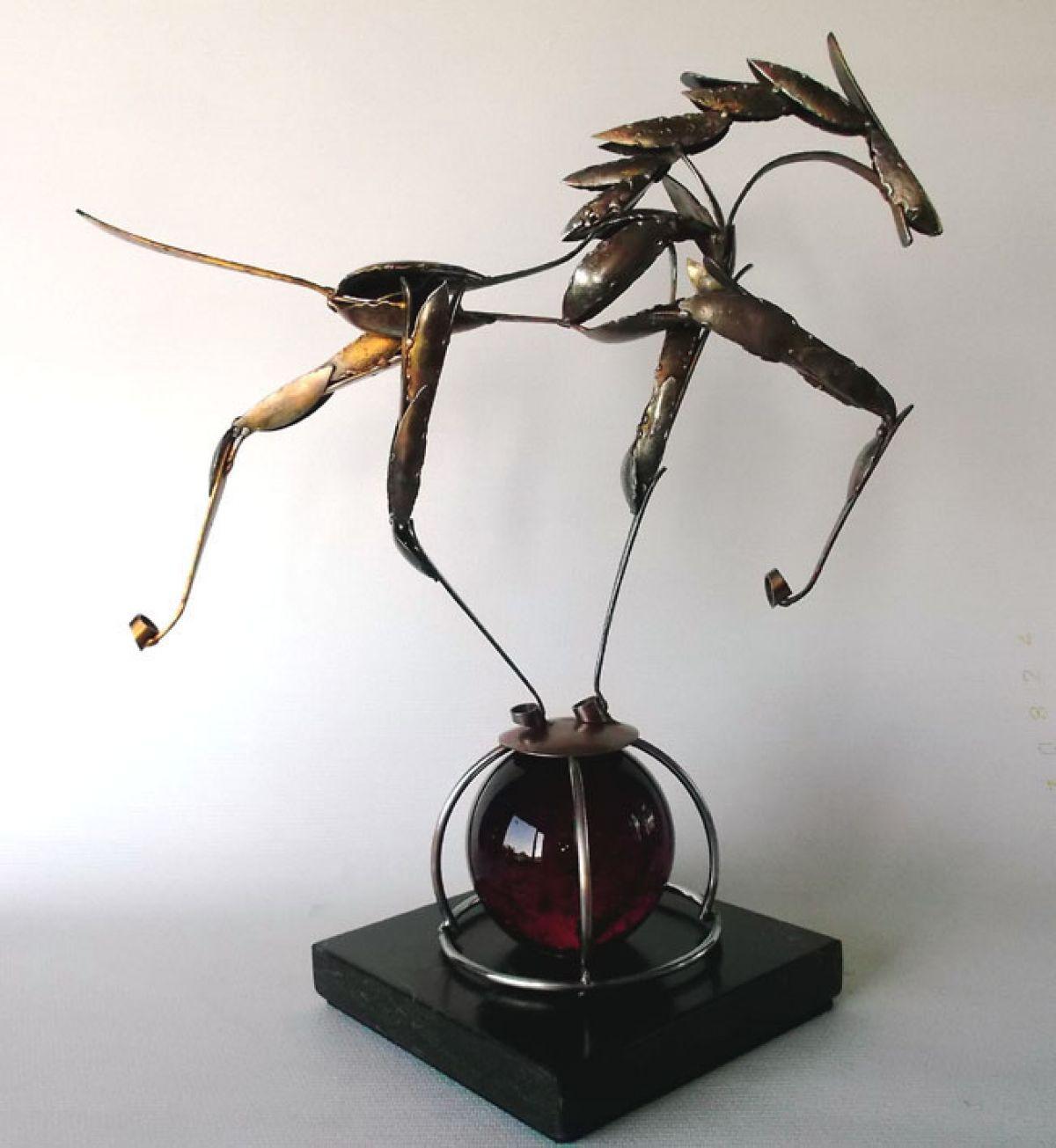 Kunst: Cheval de Cirque van kunstenaar Eric van Wattum