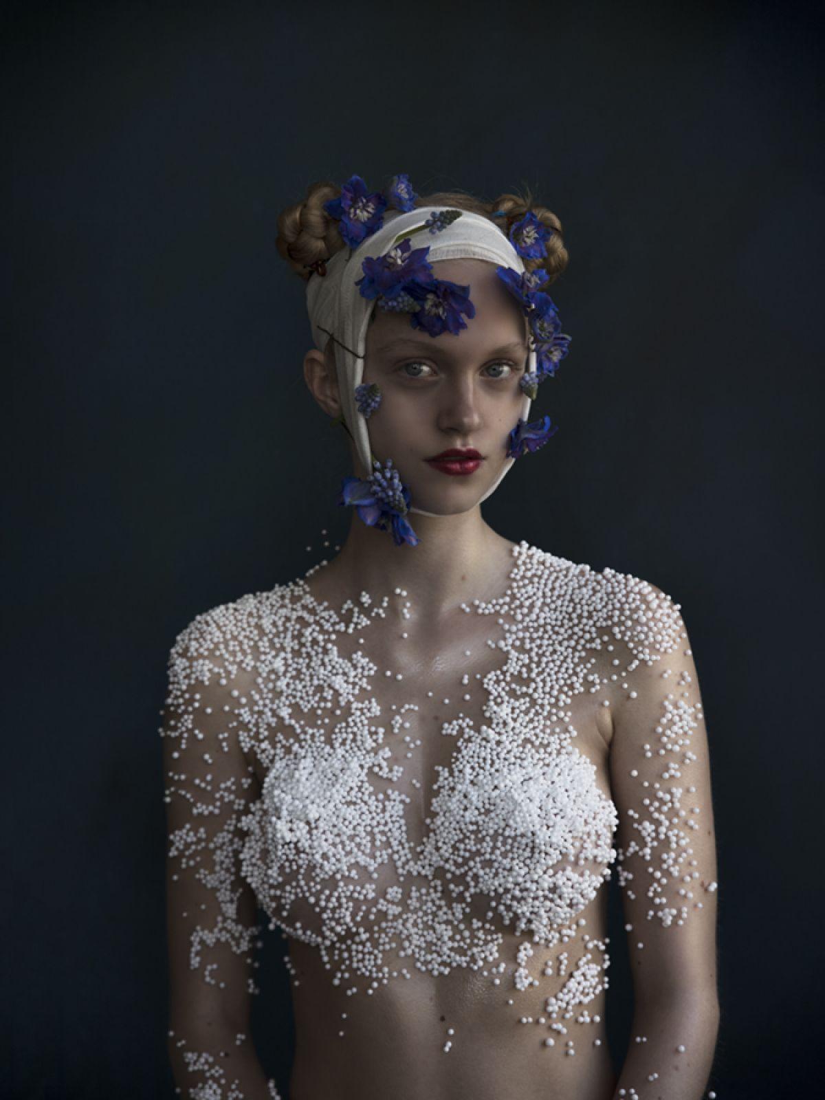Kunst: Delfts Blaauw – Rosa van kunstenaar Jenny Boot
