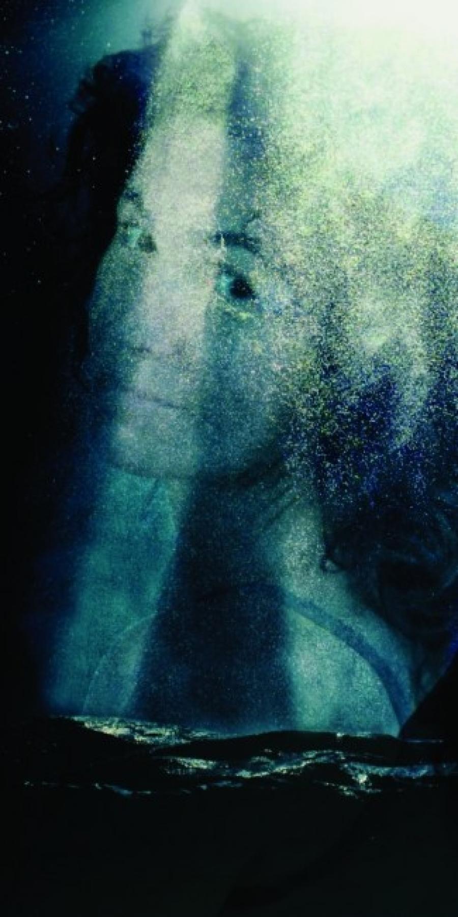 Kunst: Een vrouw 01 van kunstenaar Pimm van Mourik