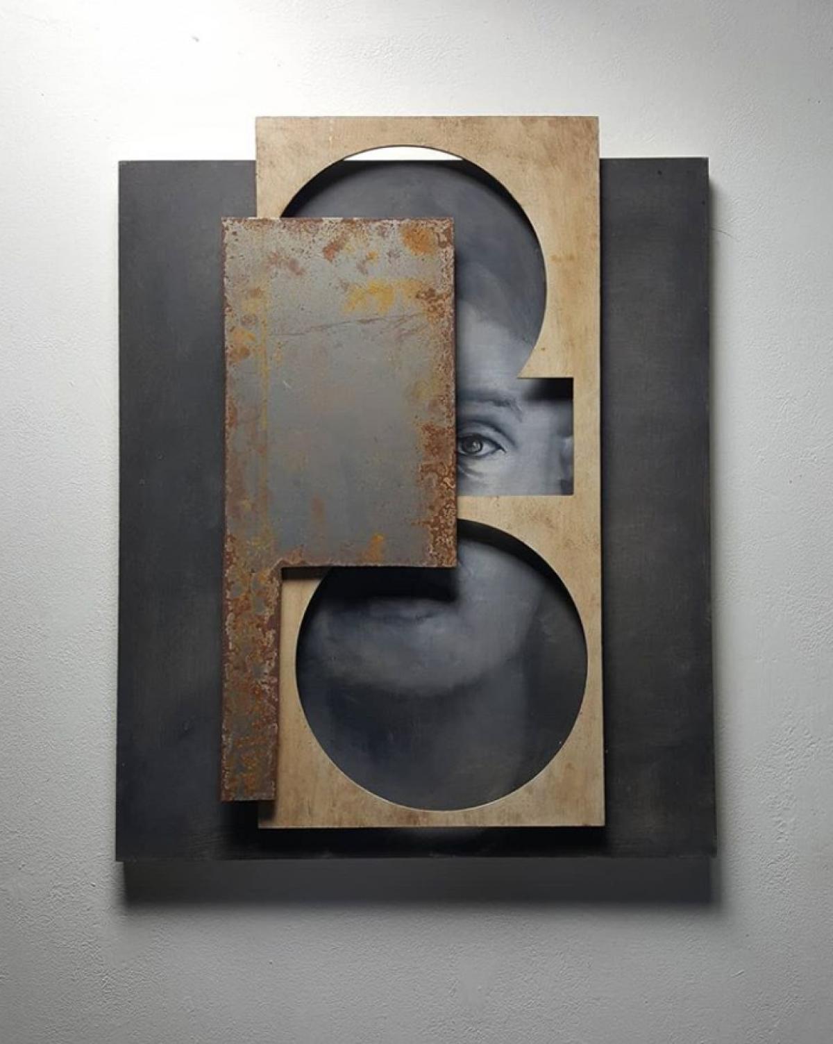 Kunst: Head XVI van kunstenaar Daniel Martin