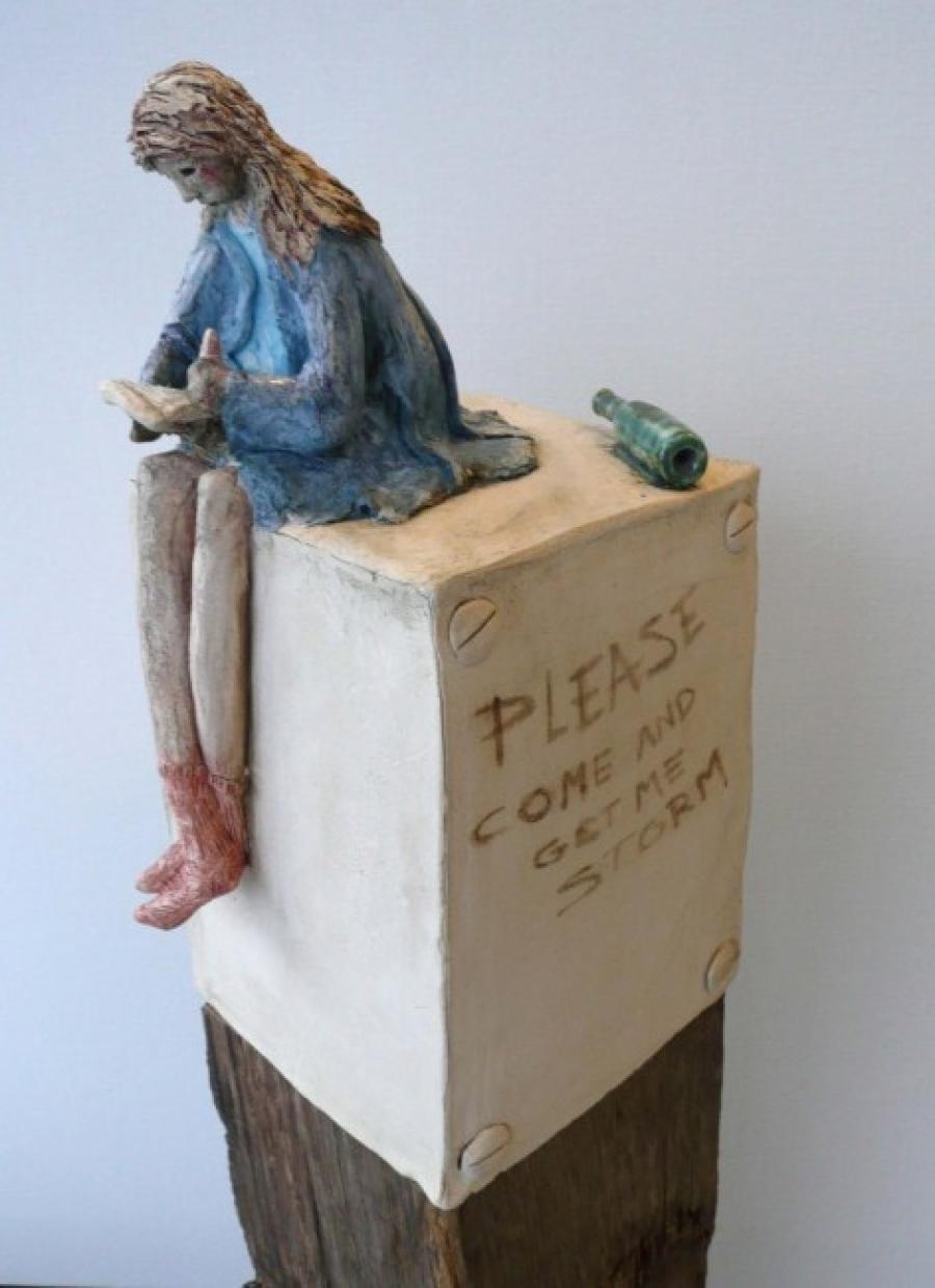 Kunst: Lente schrijft flessenpost van kunstenaar Marja Verkerk-Smit