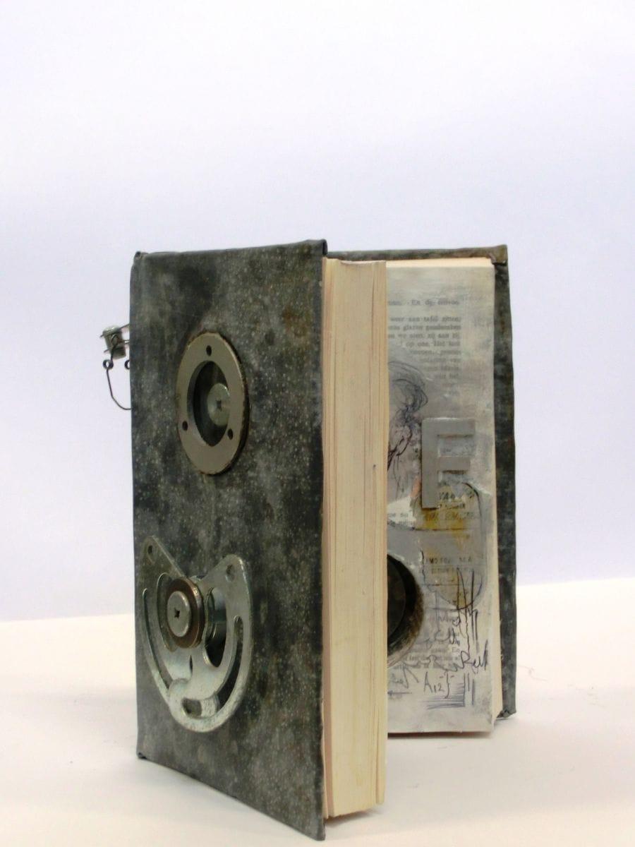 Kunst: Manual van kunstenaar Toos van Poppel