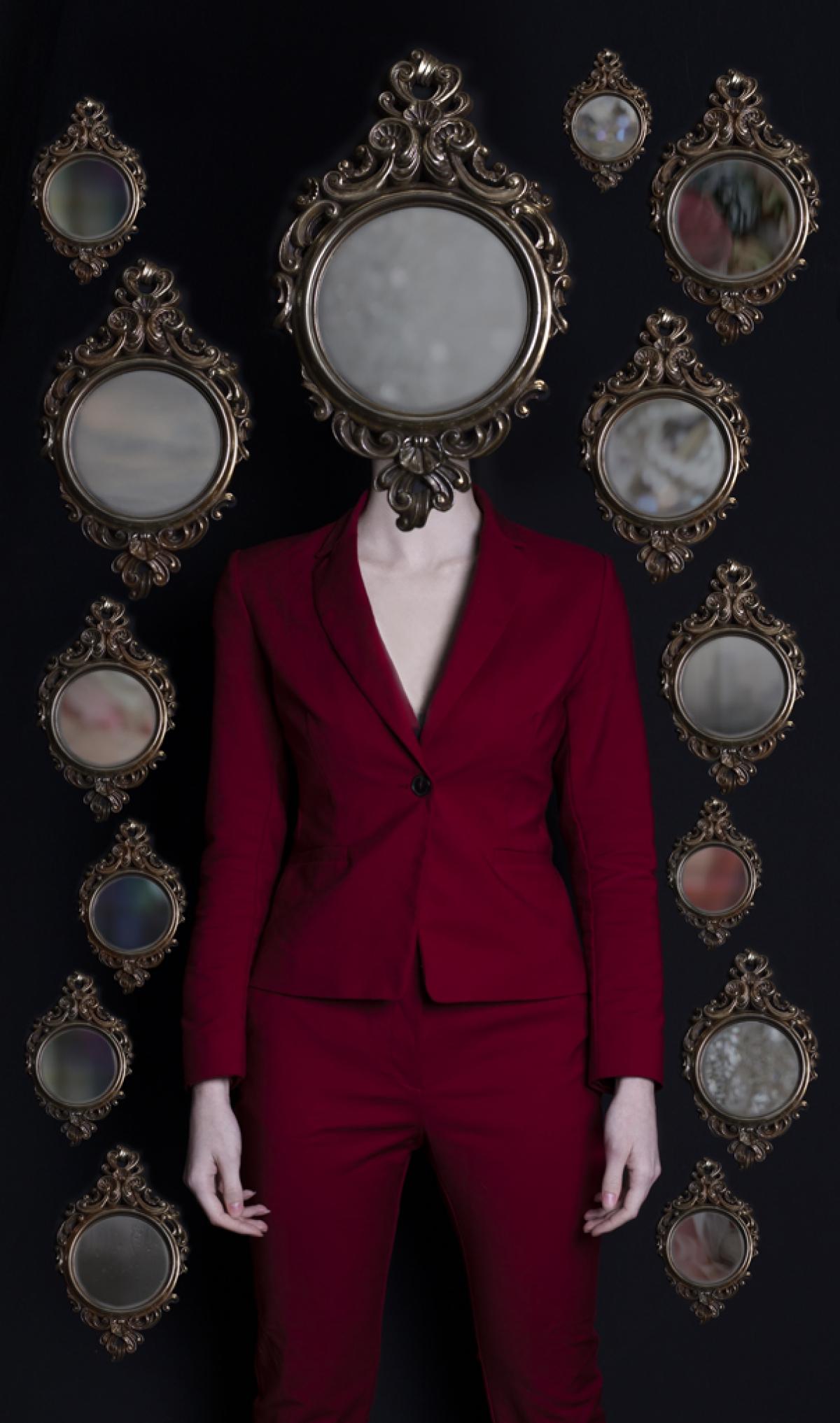 Kunst: Mirror Alma van kunstenaar Kaat Stieber