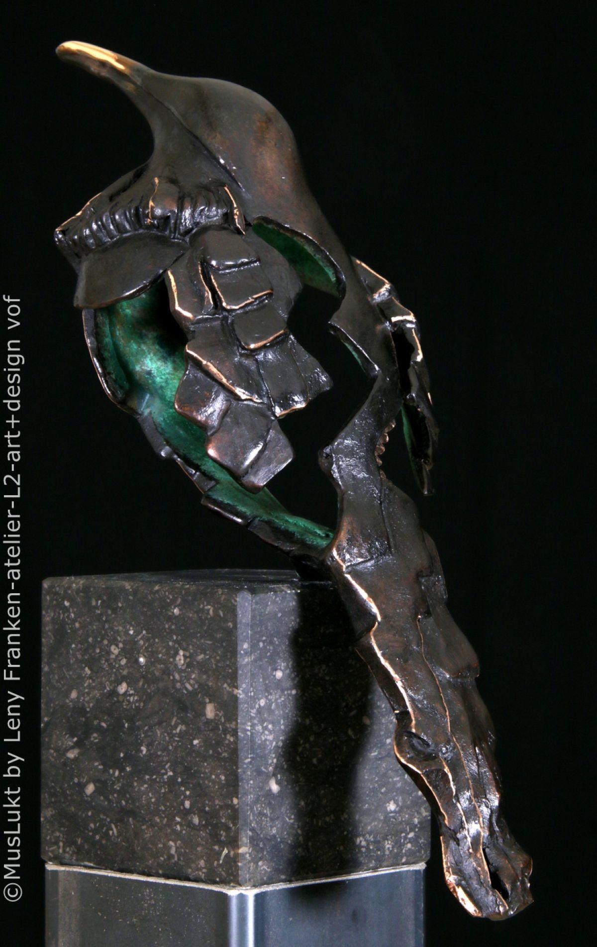 Kunst: muslukt L2 17084 van kunstenaar Leny Franken