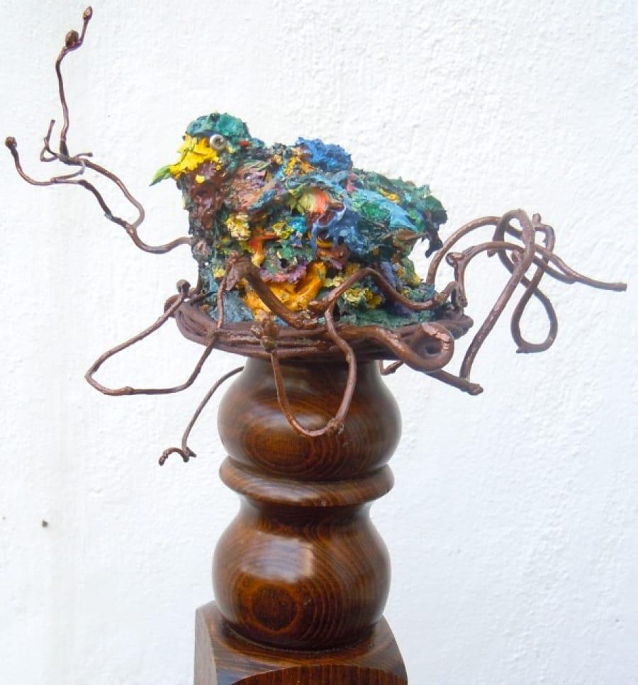 Kunst: nestelaar van kunstenaar Angenelle Thijssen