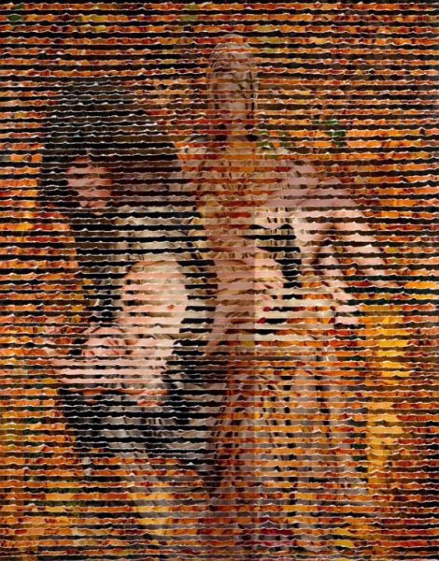 Kunst: Pieta met Kruis van kunstenaar Ferial Kheradpicheh