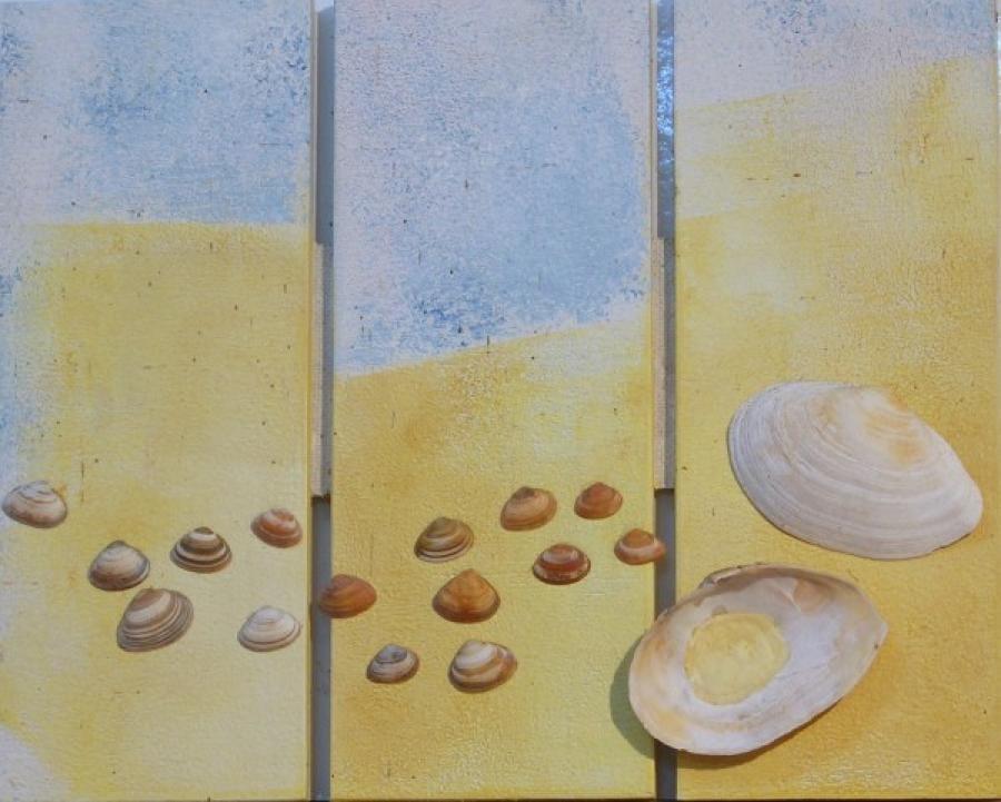 Kunst: schelpendrieluik  2 van kunstenaar Koeno Jansen