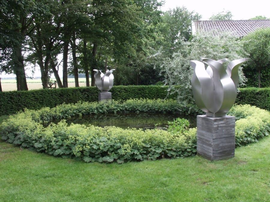 Kunst: Silver Tulips van kunstenaar Jeroen Stok