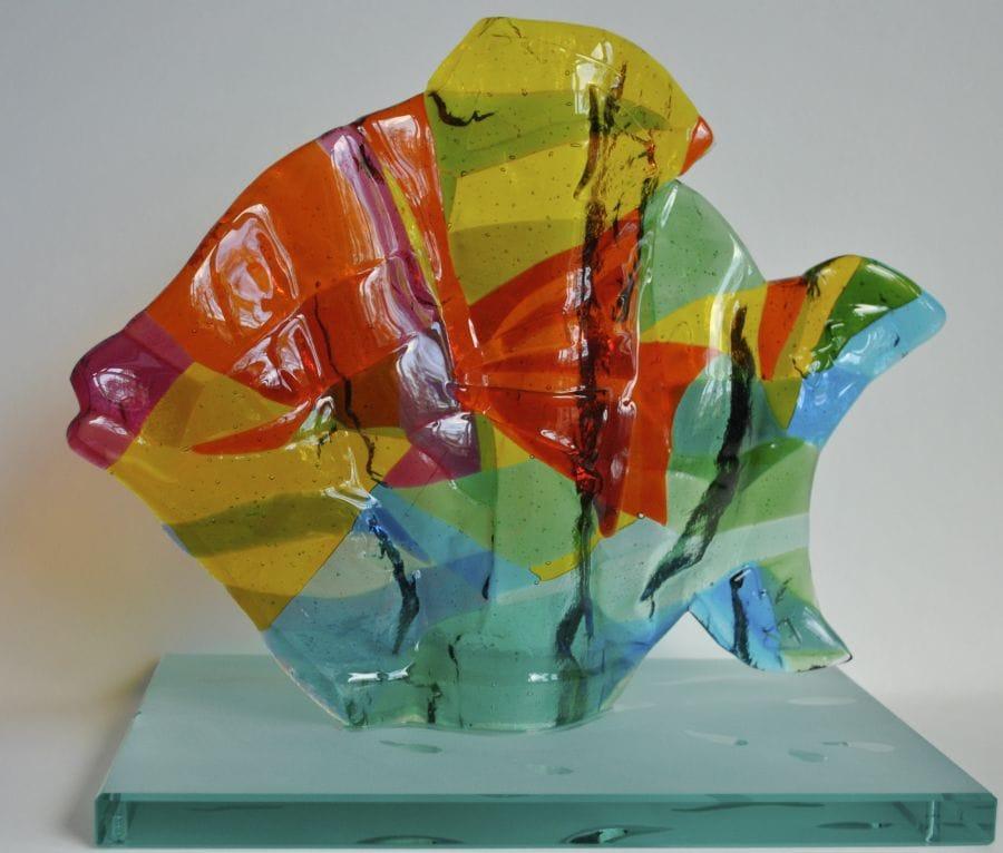 Kunst: Vis, zwemmend naar links van kunstenaar Angenelle Thijssen