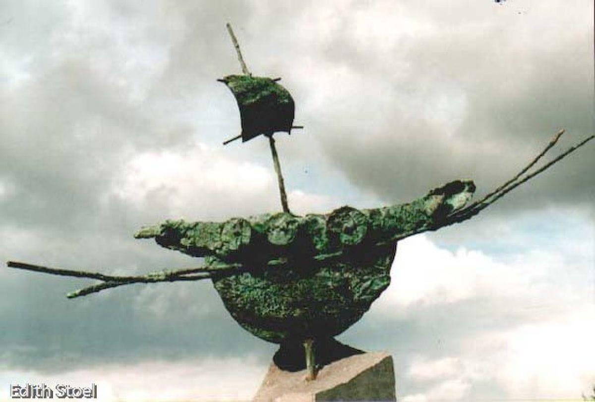 Kunst: vlaggeschip 2 van kunstenaar Edith Stoel