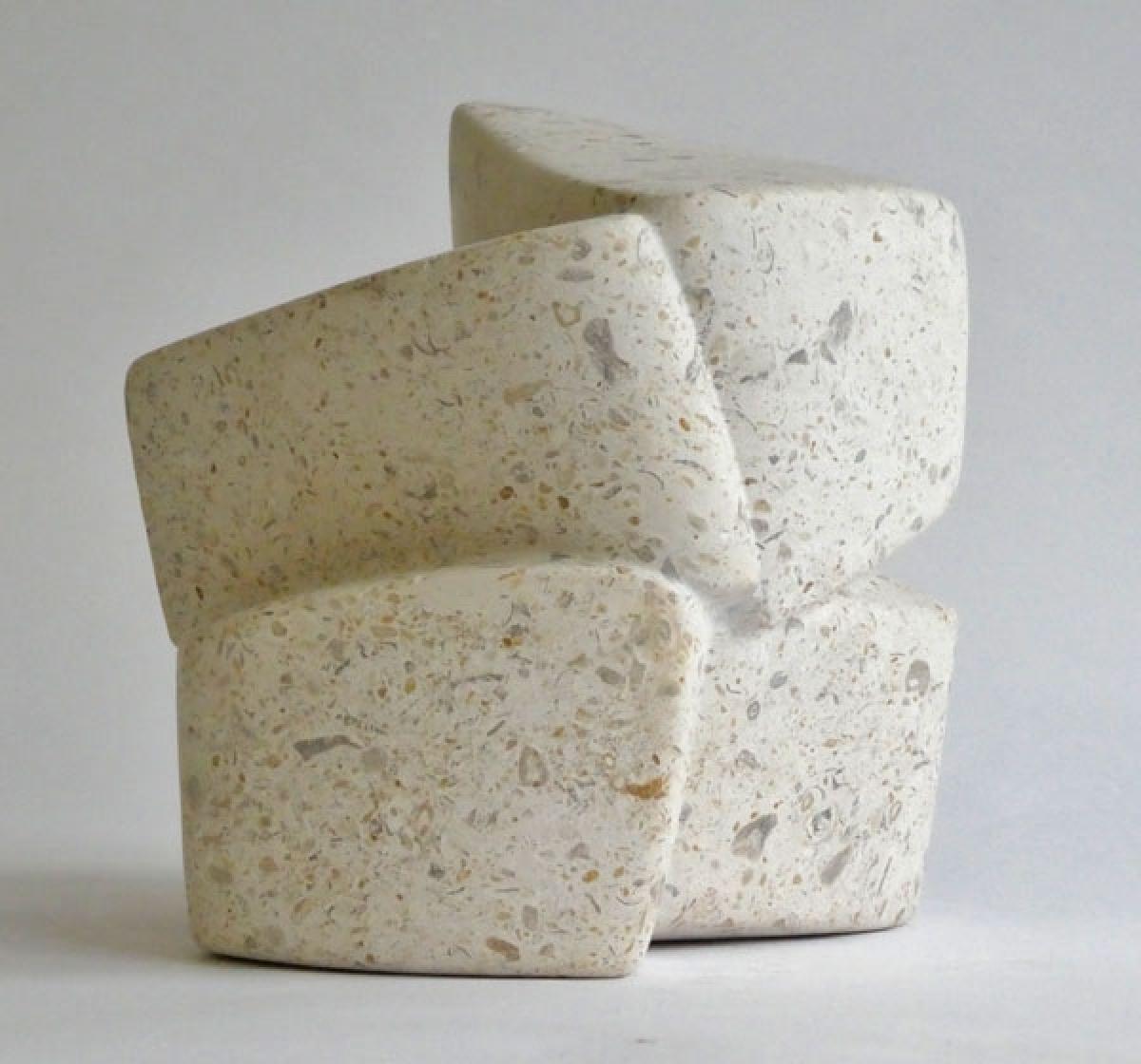 Kunst: Stone on the move van kunstenaar Fieke de Roij